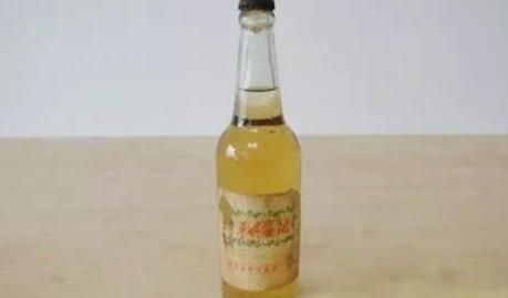 中药入曲的不仅只是董酒 还有记忆中的那瓶平坝窖酒!